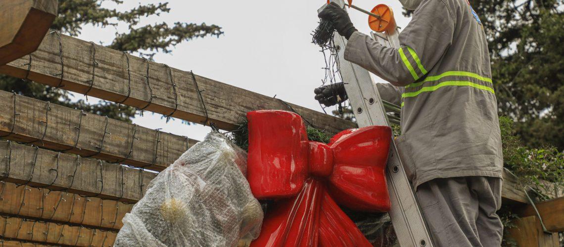 30_09_2021_34Sonho de Natal2021_ Making Of da Montagem da Decoracao da Cidade. Foto Cleiton Thiele/SerraPress